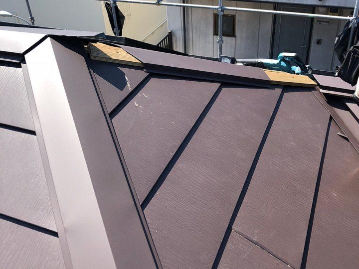 屋根重ね葺き