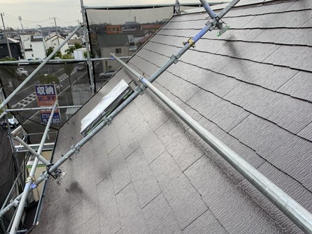 越谷市・屋根塗装・屋根足場