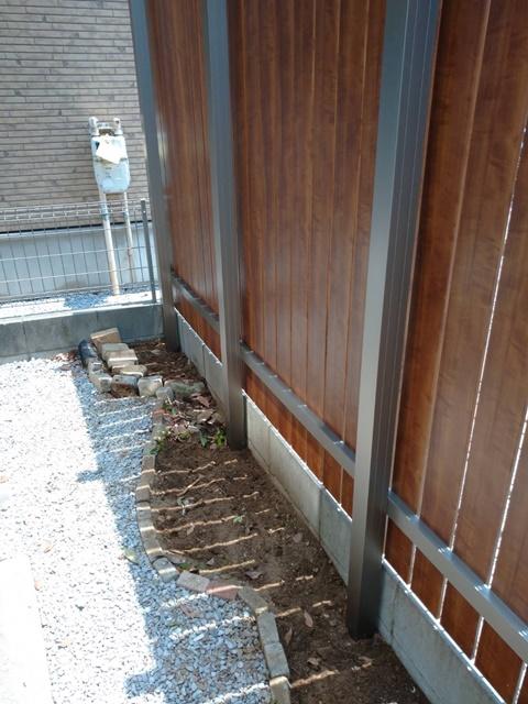 越谷市・外壁塗装・目隠しフェンス